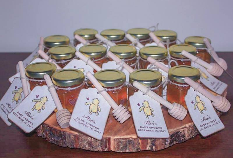 a winnie the pooh Tag is a honey baby shower favors diy idea