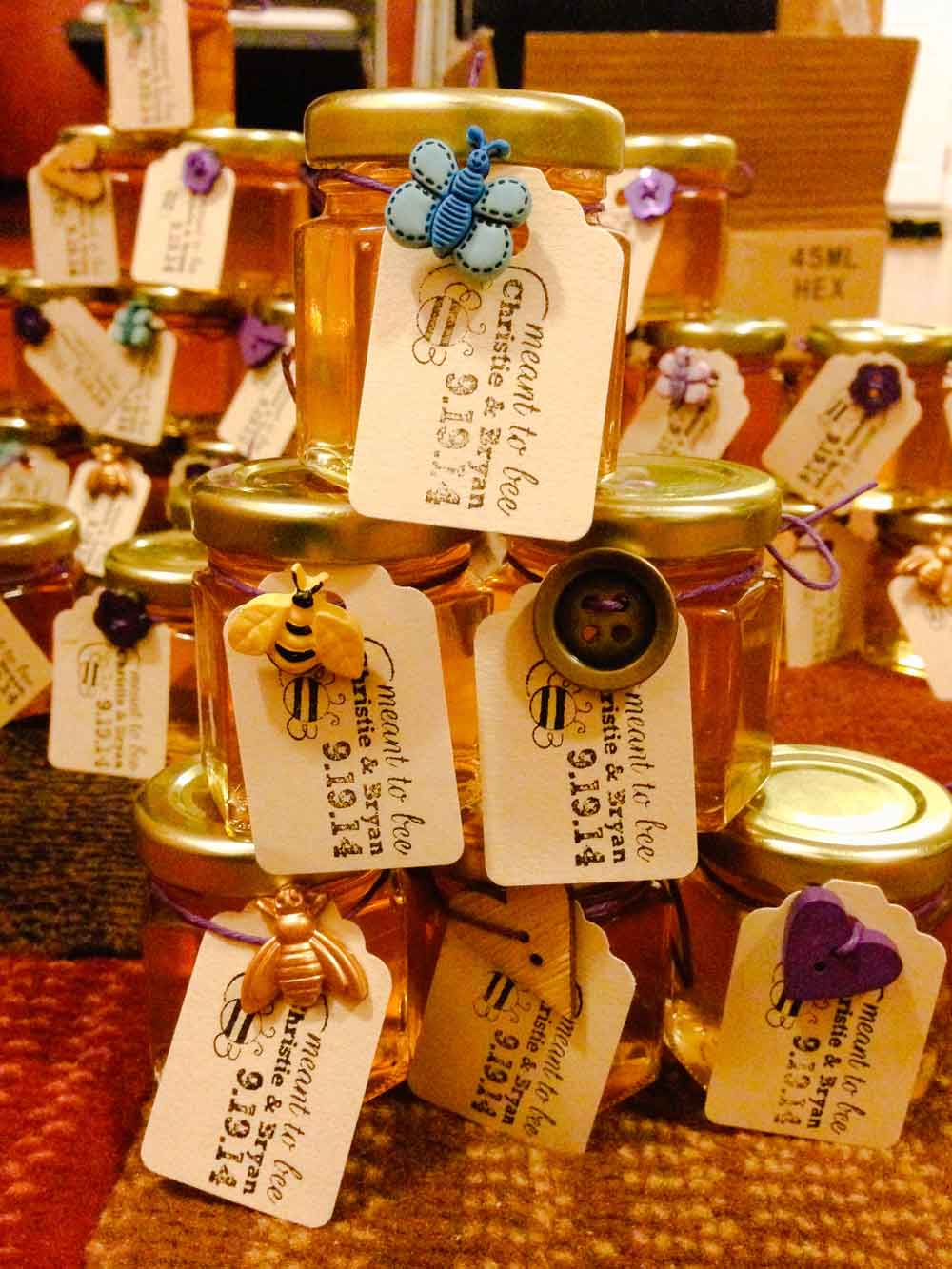 Personalized multi-button tag Homemade DIY Honey Jar Wedding Favor Idea