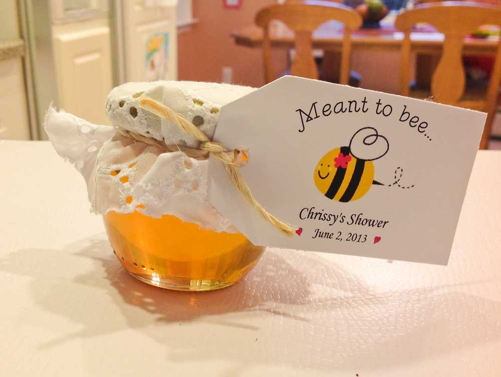 honey favors are so easy to decorate