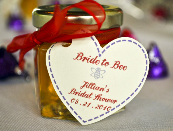 Bride to Bee Honey Favor with Heart Tag DIY  photo