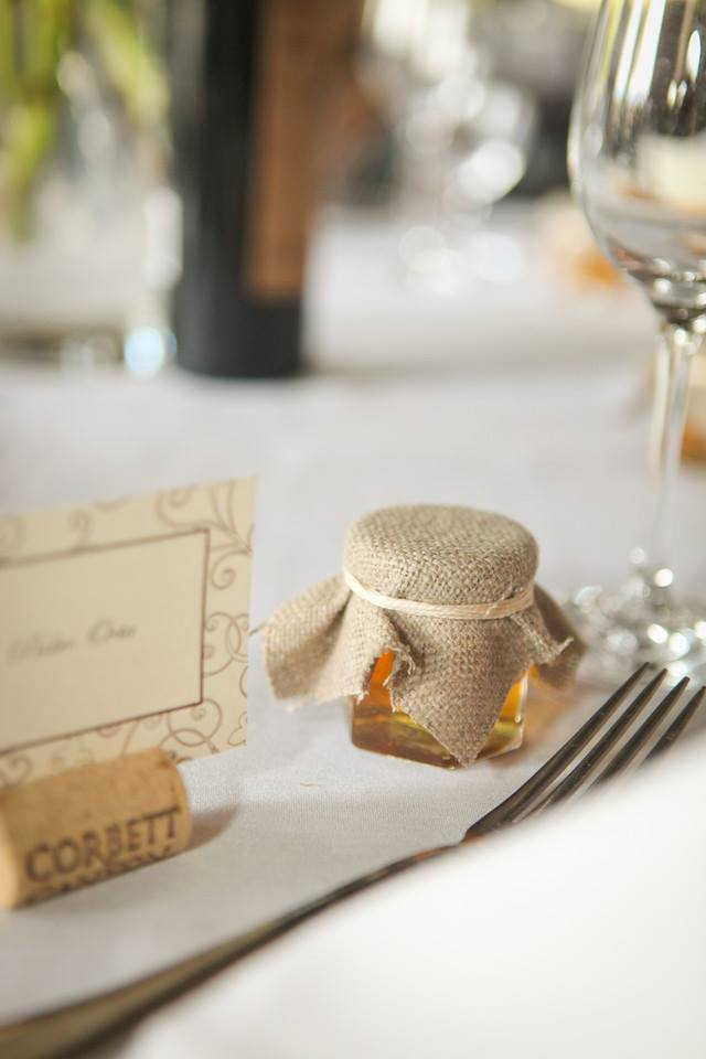 Burlap covered lid Homemade DIY Honey Jar Wedding Favor Idea