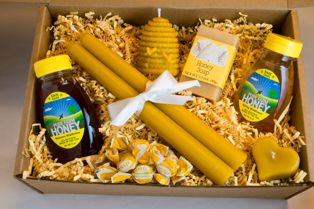 one of our Wedding Party Honey Gift Boxes