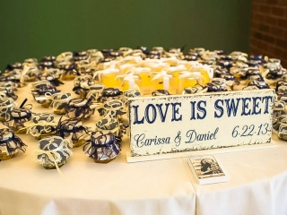 Love is Sweet Honey Favors