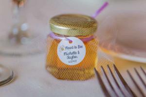 Katrinas Real Wedding Favors Story Round Honey Favor