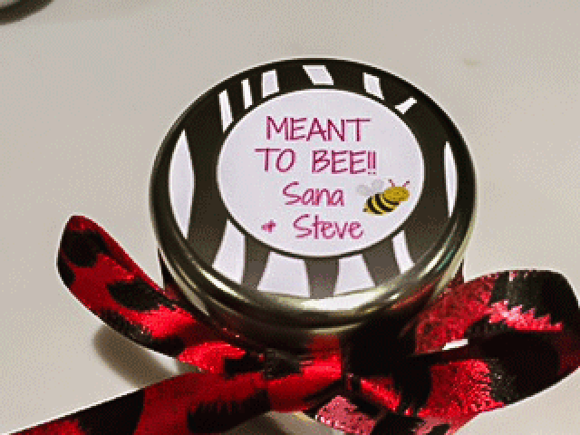 custom painted lid Homemade DIY Honey Jar Wedding Favor Idea