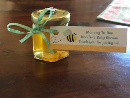 a Mommy to Bee Tag is a honey baby shower favors diy idea