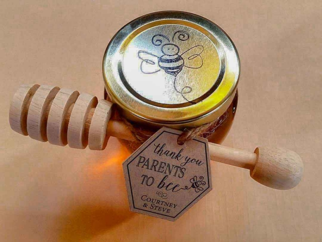 Lid with drawn bee  Homemade DIY Honey Jar Wedding Favor Idea