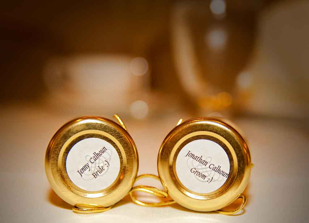 Custom lid round label Homemade DIY Honey Jar Wedding Favor Idea