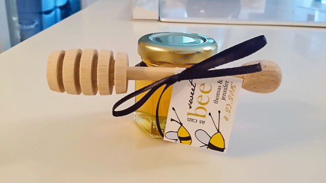 Sweet as can Bee Honey Jar Wedding Favor