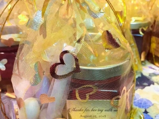 Thanks for Beeing with us Homemade DIY Honey Jar Wedding Favor Idea